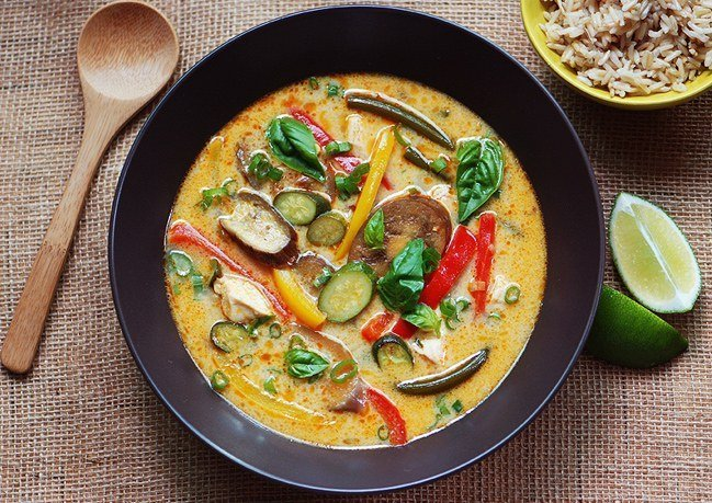 Vietnamese Yellow Curry with Chicken, Pork, Vegetable