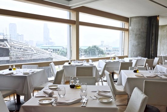 view of waterfront restaurant in hong kong