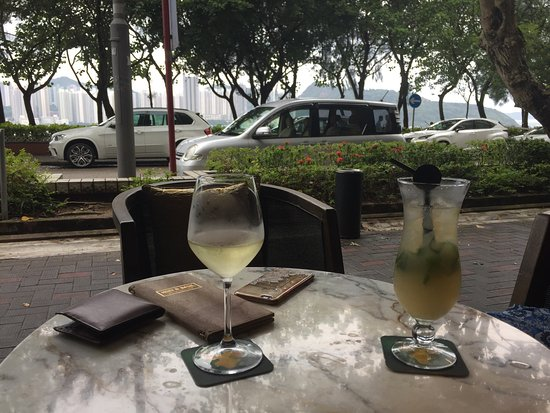 Dine waterfront in hong kong