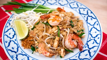 Pad Thai or Chow Mein Eat this or that